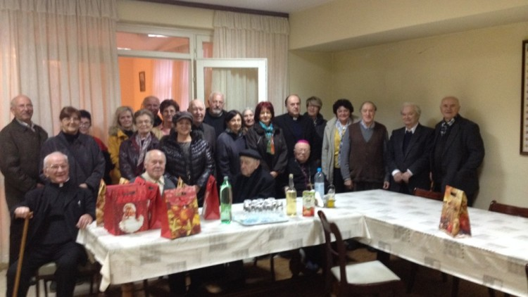 Članovi Caritasa posjetili Svećenički dom u Puli